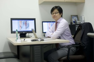 Doctor Chen Shin Chuen in his Vasulcar Surgery Singapore office